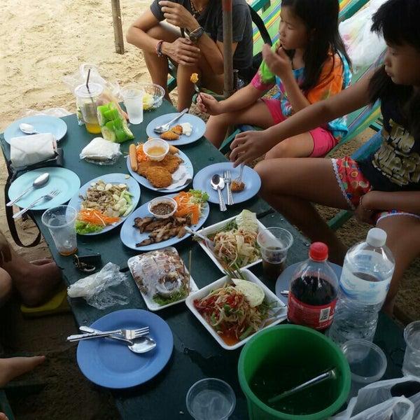 Photo taken at อำเภอชะอำ (Amphoe Cha-am) by Yanika W. on 5/22/2015