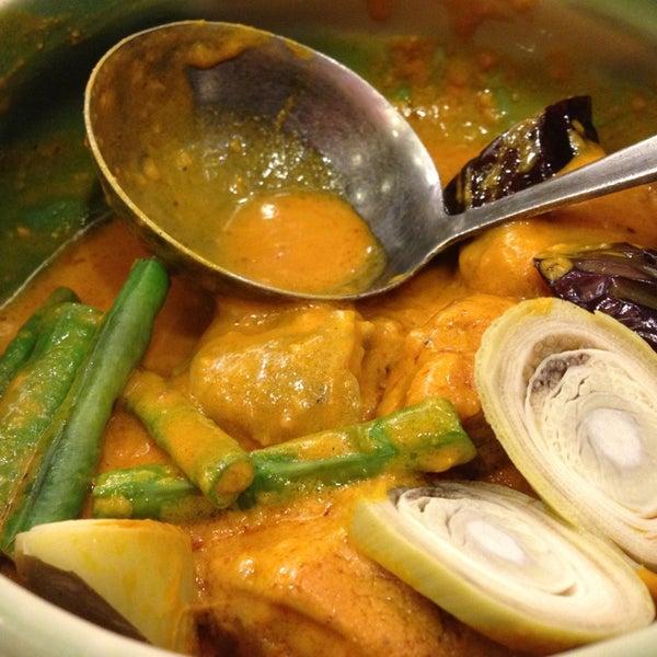 Photo taken at Sérye Café Filipino by Jonelyn V. on 7/12/2013