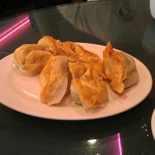 Photo taken at Joe's Ginger 锦江饭店 by Francois D. on 5/27/2013