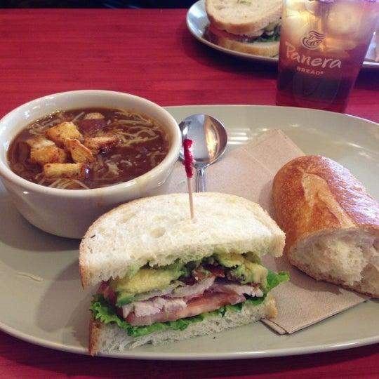 Photo taken at Panera Bread by Ligia P. on 10/13/2012