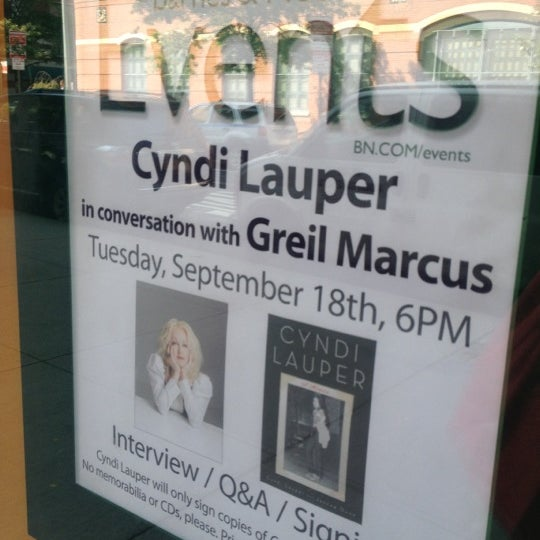 Photo taken at Barnes & Noble by Marie D. on 9/17/2012