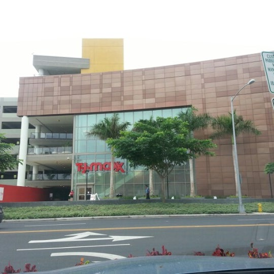 Apr 17,  · TJ Maxx will open a new store in Honolulu's Ward Centers on May 3, marking the retailer's return to Hawaii after a year absence.