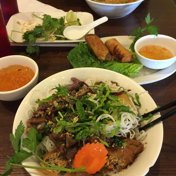 Photo taken at Bowl of Pho by Cheeze R. on 1/14/2016