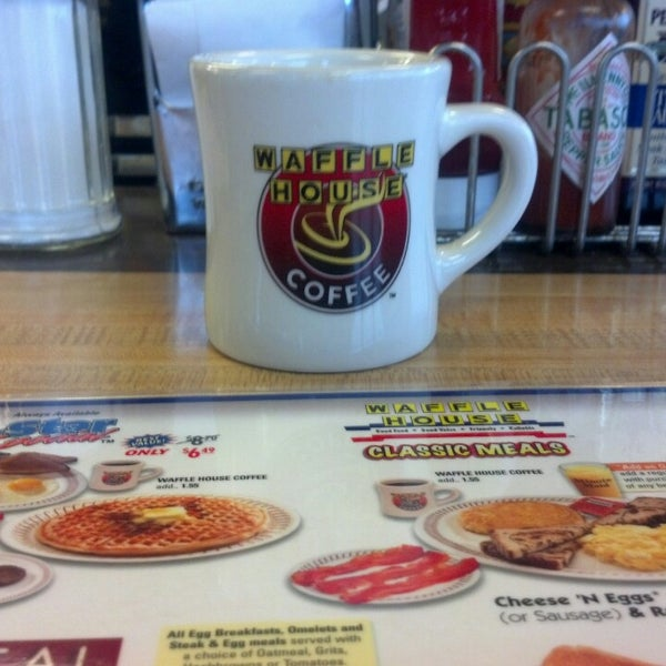 Photo taken at Waffle House by Rachael P. on 2/13/2013