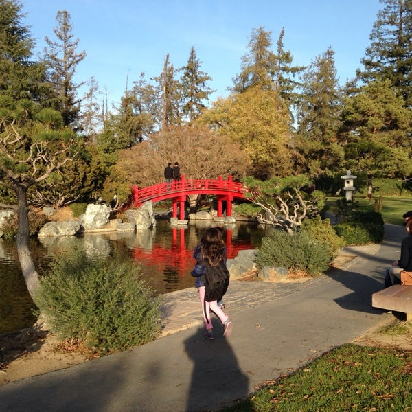Photo taken at Japanese Friendship Garden by Shweta Singh K. on 12/15/2013