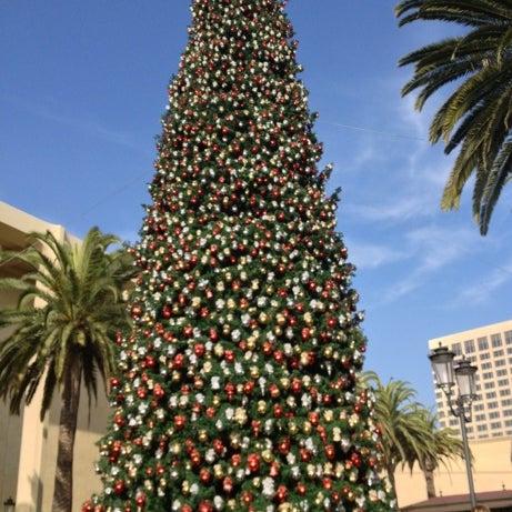 Photo taken at Fashion Island by Amber C. on 12/8/2012