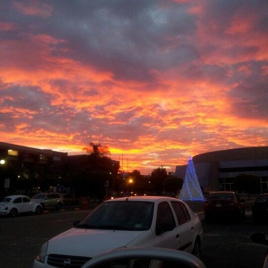 Photo taken at Universidad del Valle de Atemajac (UNIVA) by Arcelia G. on 12/14/2012