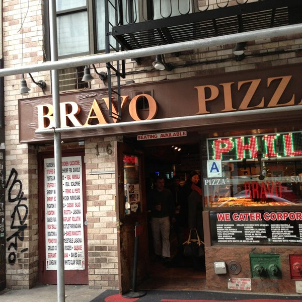Photo taken at Bravo Pizza by CarlosT1 on 1/20/2013