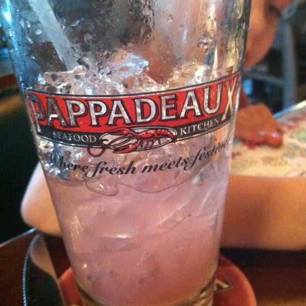 Photo taken at Pappadeaux Seafood Kitchen by PsychGirl on 5/26/2013