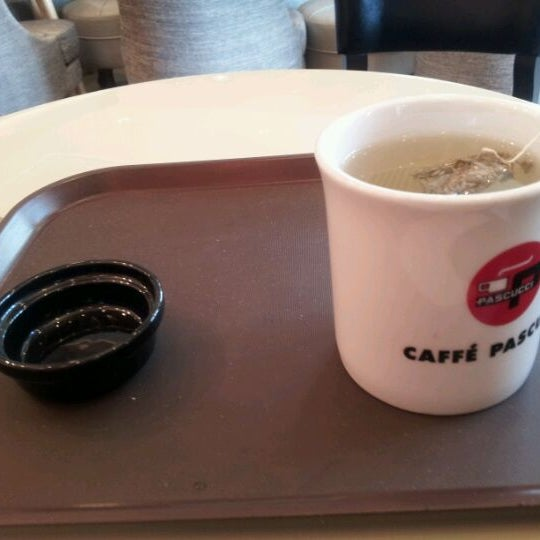 Photo taken at CAFFE PASCUCCI by Youngbong H. on 3/26/2012