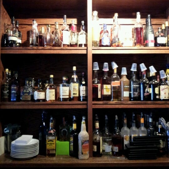 Photo taken at Joe Squared Pizza & Bar by Rafael R. on 6/20/2012