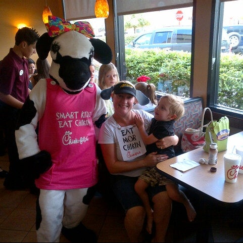 Photo taken at Chick-fil-A by Michael S. on 7/13/2012