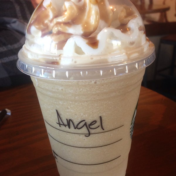 Photo taken at Starbucks by Angel H. on 3/6/2015