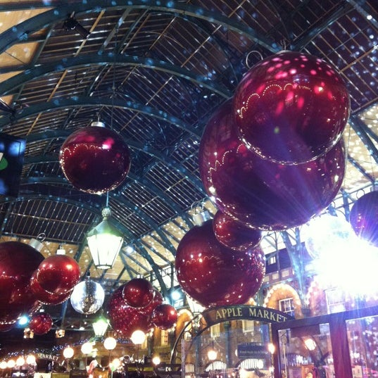 Photo taken at Covent Garden Market by Caroline G. on 11/27/2012