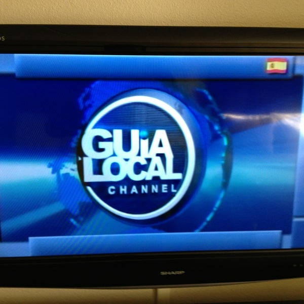 Photo taken at Clarion Inn & Suites At International Drive by Guia Local Channel S. on 2/28/2013
