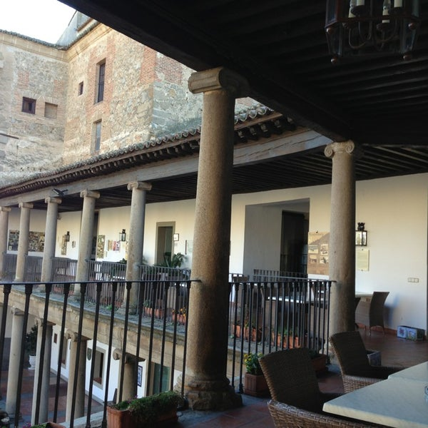 Photo taken at Hotel Parador de Oropesa by Jorge A. on 12/27/2012