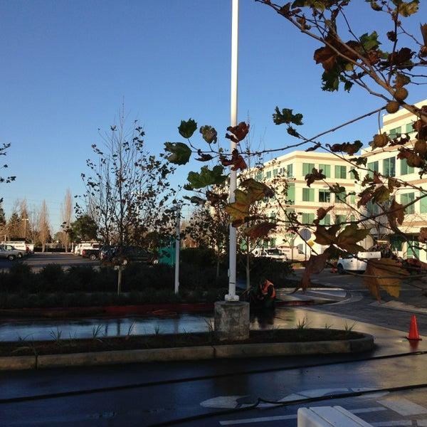 Photo taken at Apple Inc. by Igor C. on 12/29/2012
