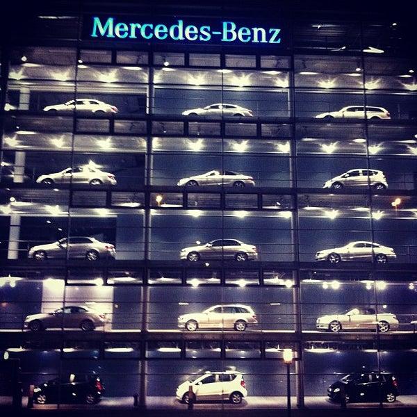 mercedes benz niederlassung m nchen auto dealership in. Black Bedroom Furniture Sets. Home Design Ideas