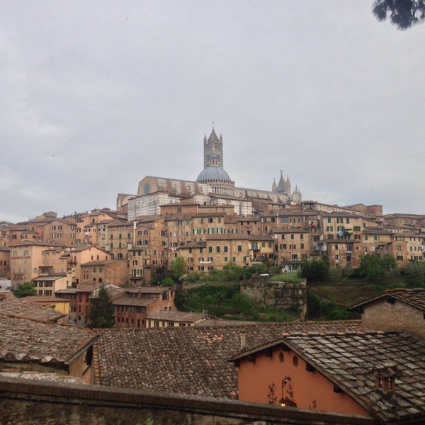 Photo taken at Siena by Thomas on 5/5/2015