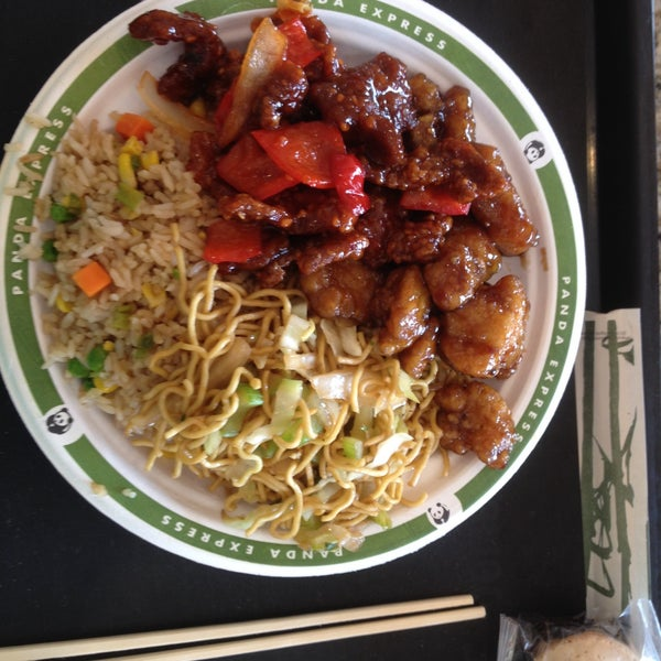 Photo taken at Panda Express by Kelvin W. on 8/6/2015