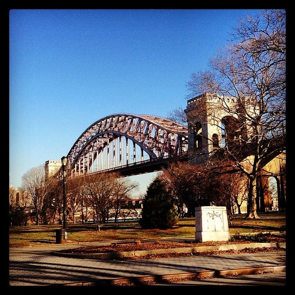 Astoria Park Dog Walk