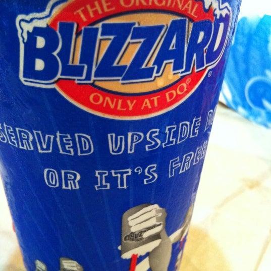Photo taken at Dairy Queen | ديري كوين by KinĞ Ł๑ҝฮ༄࿐ on 12/19/2012