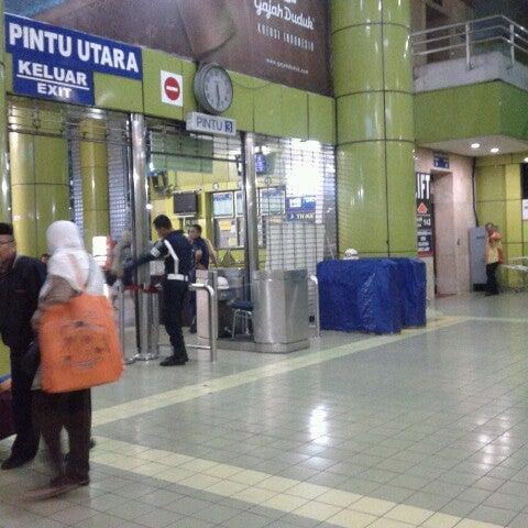Photo taken at Stasiun Gambir by Asti D. on 11/30/2012