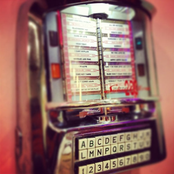 Photo taken at Peggy Sue's by Javi M. on 3/1/2013