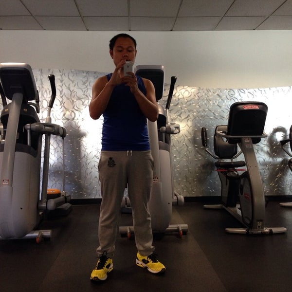 Photo taken at 24 Hour Fitness by Iam W. on 10/21/2014