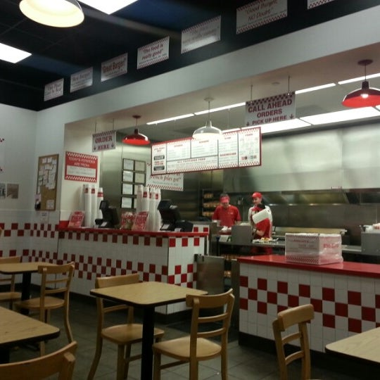Photo taken at Five Guys by Luis P. on 12/18/2012