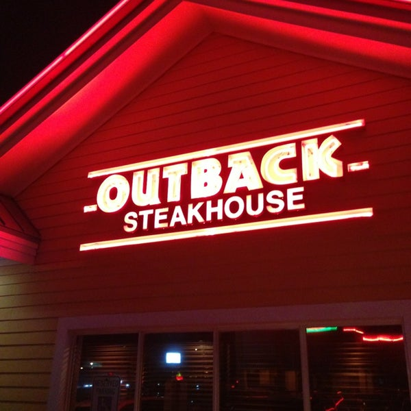 I've loved Outback for s casual dinner ever since they opened in San Antonio several years ago. In recent years, the quality of the food unfortunately has fine downhill. Tonight's experience may have been our 3/5(80).