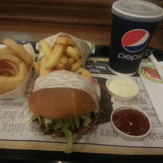Photo taken at Fatburger by Spoiled D. on 2/12/2013