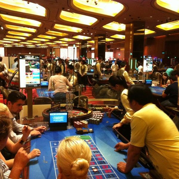 Photo taken at Marina Bay Sands Casino by Gunnar on 8/27/2013