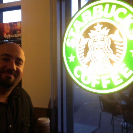 Photo taken at Starbucks by Gabe G. on 9/30/2013