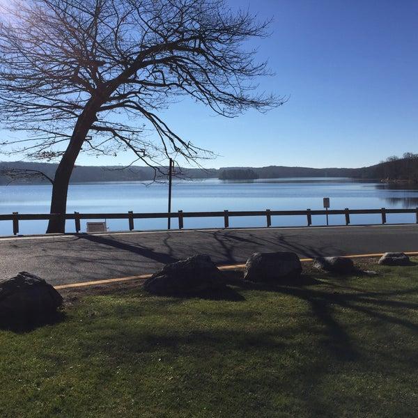 Lake tiorati beach stony point ny for Harriman state park fishing