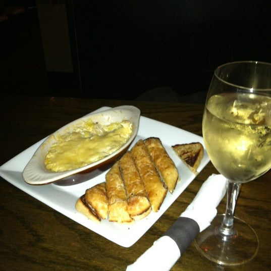Photo taken at O'Brion's Pub & Grille by Libba D. on 12/19/2012