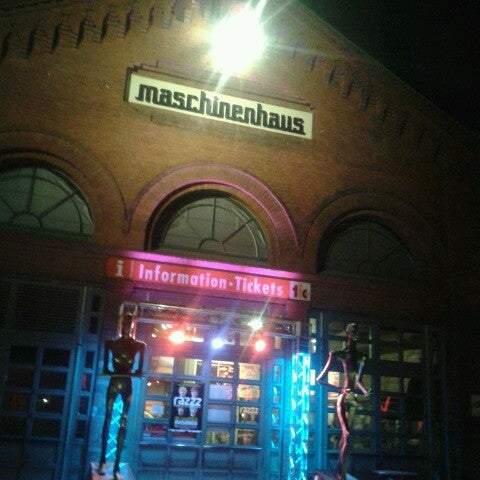 Photo taken at Kulturbrauerei by Irenella S. on 3/7/2014