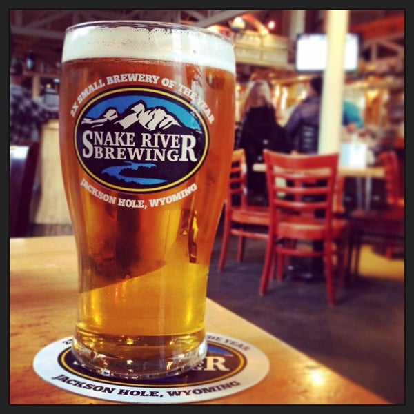 Photo taken at Snake River Brewery & Restaurant by Taylor A. on 4/7/2014