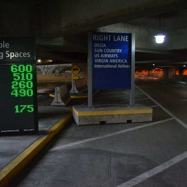 Photo taken at Sea-Tac Airport Parking Garage by Seattle-Tacoma International Airport Parking on 12/17/2014