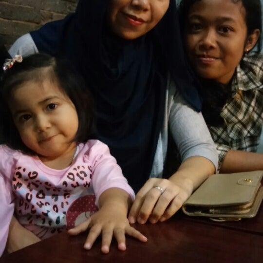 Photo taken at Bebek Van Java by Asep S. on 6/25/2014