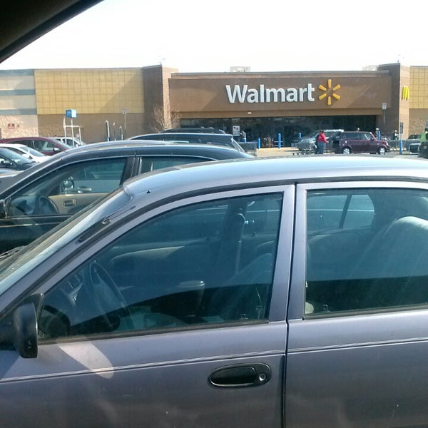Photo taken at Walmart by Mary E. on 4/7/2013