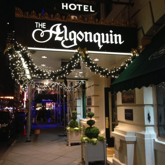 Photo taken at Algonquin Hotel Times Square, Autograph Collection by Shinya S. on 12/6/2012