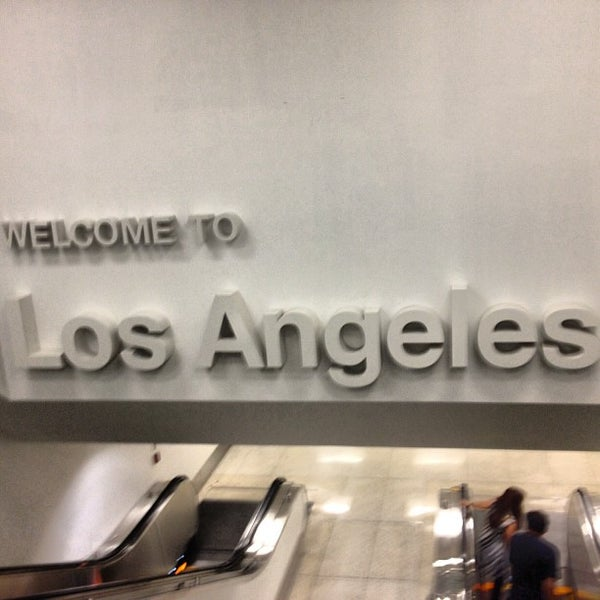 Photo taken at Los Angeles International Airport (LAX) by Chegui R. on 7/21/2013