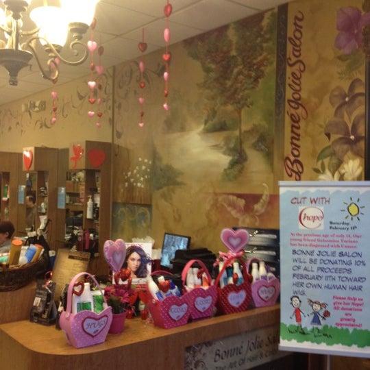 Bonn Jolie Salon Salon Barbershop In Staten Island
