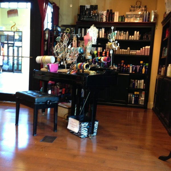 Rumors hair salon and spa salon barbershop in pasadena for 18 8 salon pasadena