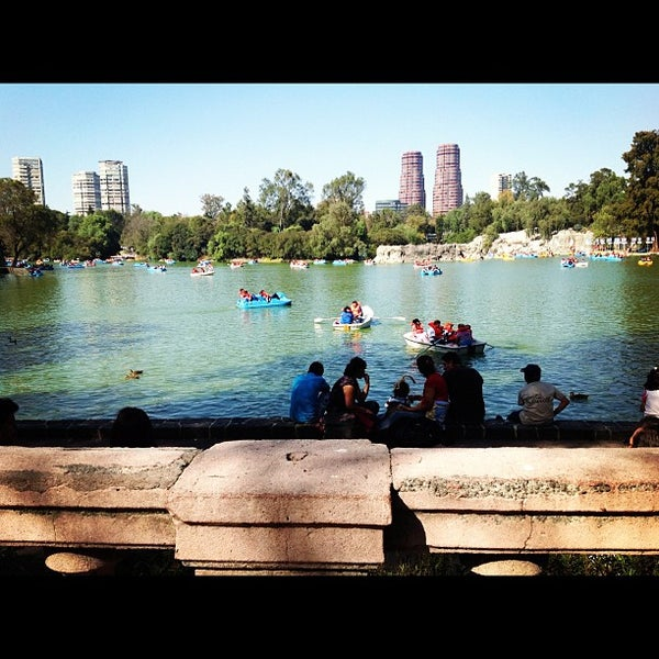 Photo taken at Bosque de Chapultepec by Yo soy raul on 11/18/2012