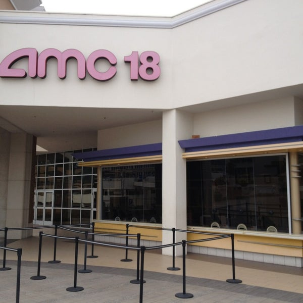 Photo taken at AMC Fashion Valley 18 by Andrew P. on 3/21/2013