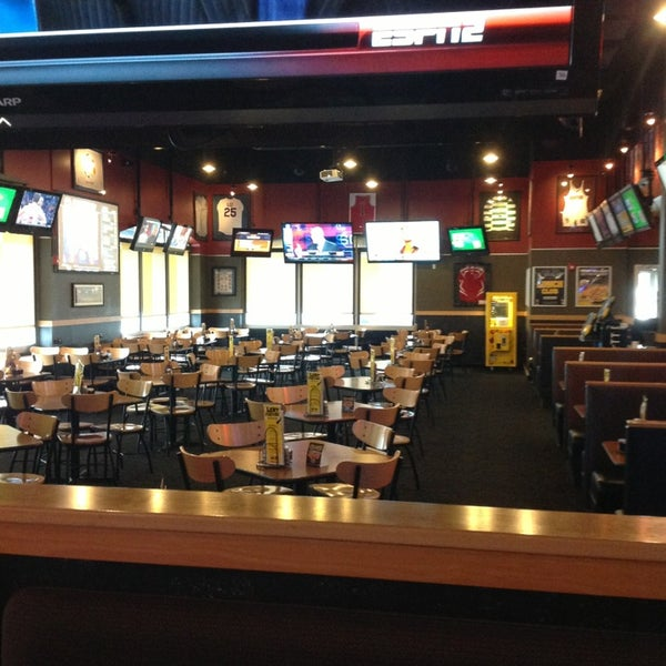 Photo taken at Buffalo Wild Wings by Carl R. on 2/27/2013