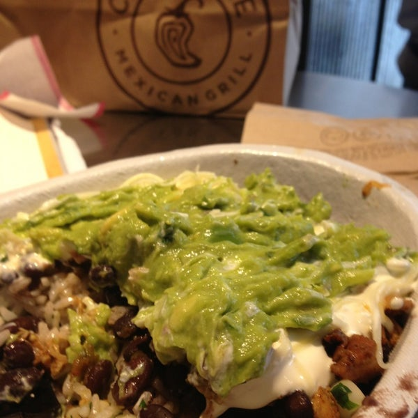 Photo taken at Chipotle Mexican Grill by Jared S. on 6/26/2013
