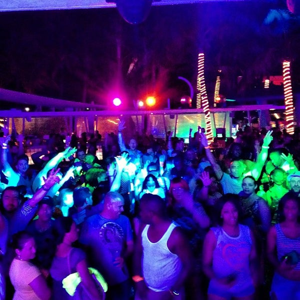 Photo taken at Clevelander by DJ LEGACY / @TheRealDJLEGACY on 5/31/2013